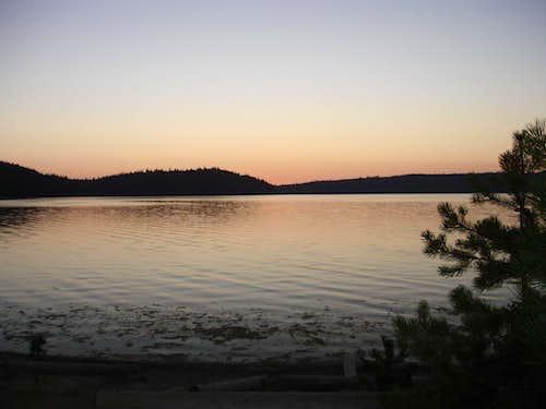 Sunset on Paulina Lake