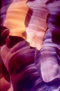 Antelope Canyon Peaches