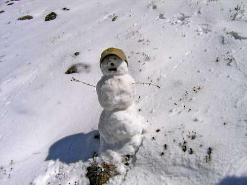 The snowman/snow cairn