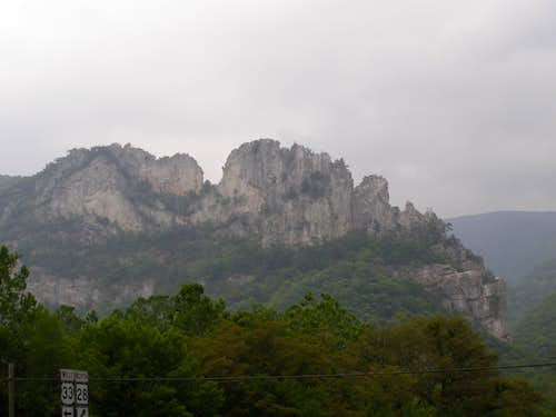 Seneca Rocks from the town