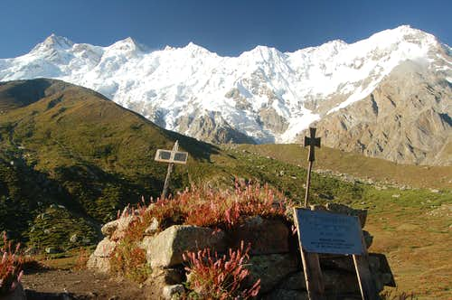 Drexler monument at Nanga Parbat BC