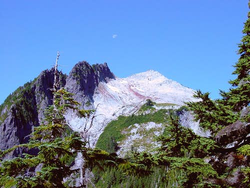 Vesper Peak from Headlee Pass
