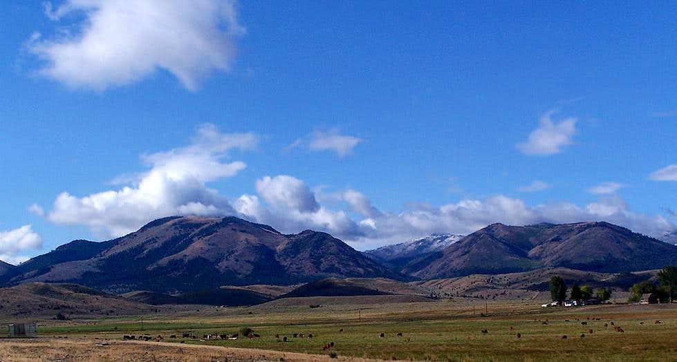 Bullrun Mountain as seen from Unity