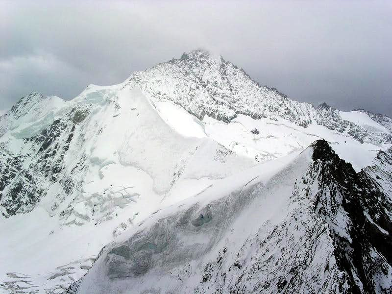 Zinalrothorn and Blanc de Moming...