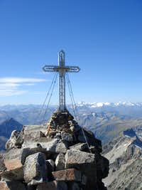 Summit cross of Hochalmspitze (3.360 m)