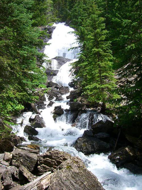 Un named Falls