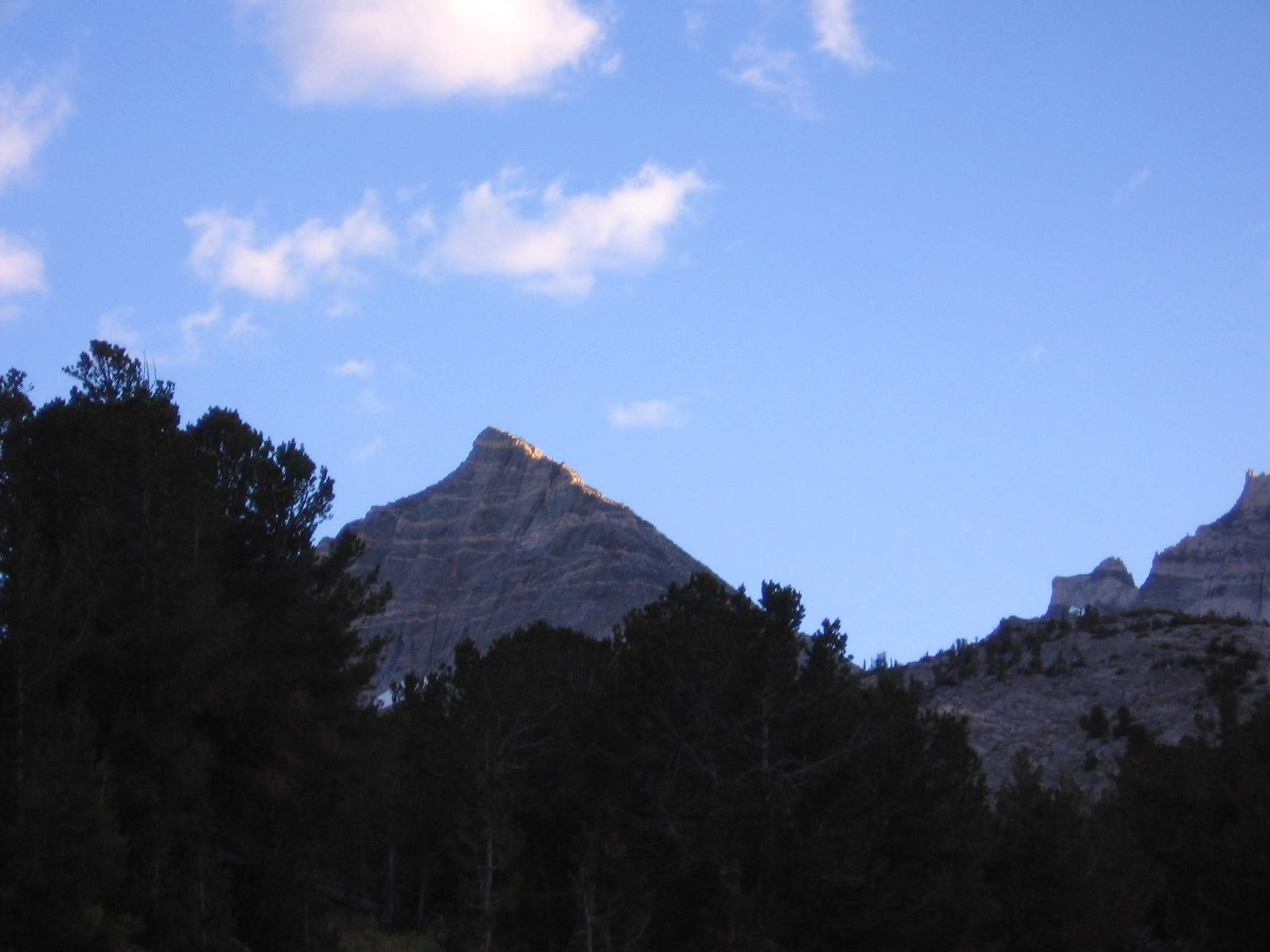 Pyramid Peak (Little Lakes Valley)