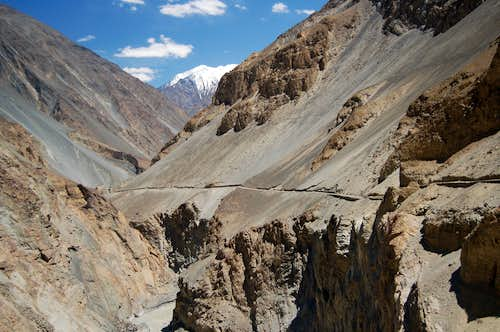 Jeep track to Shimshal