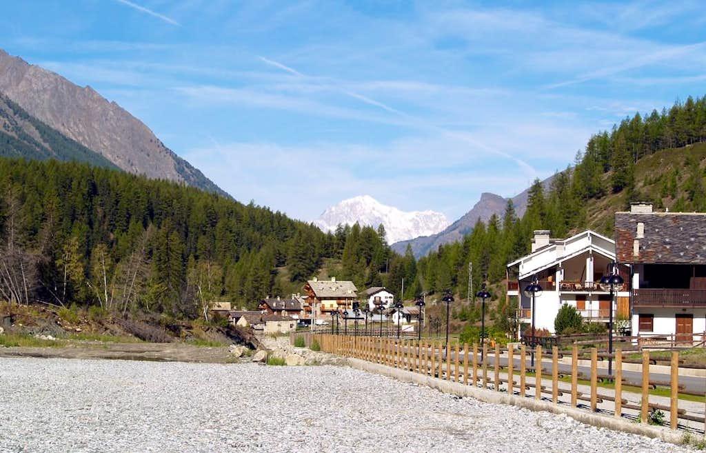 Il Monte Bianco, da Lillaz (Cogne)