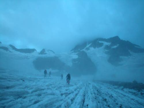 Ecrins > Glacier de la Pilatte (in the fog)