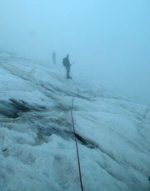 Ecrins > Glacier de la Pilatte (in more fog)