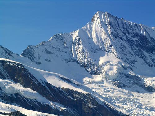 Täschhorn E Face and SSE ridge