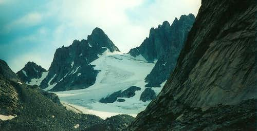 The Sphinx and Dinwoody Glacier