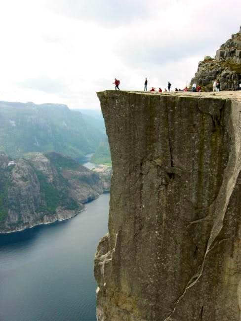 The edge of Preikestolen
