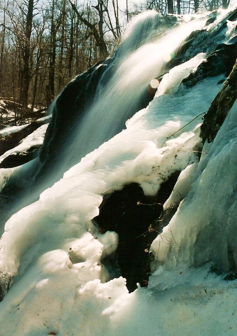 Dark Hollow Falls