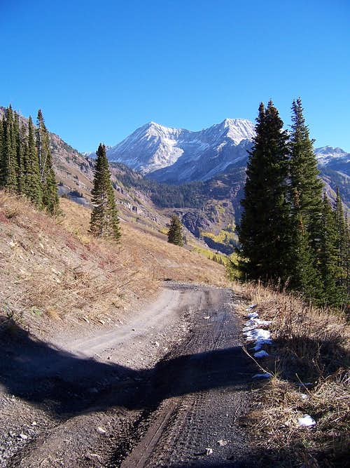 Lead king access Jeep road
