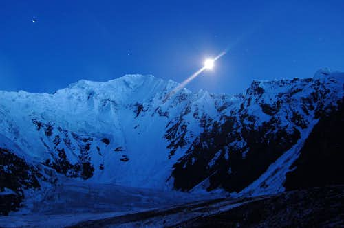 Shimshal Whitehorn at night