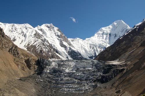 Head of the Adver Valley above Shimshal