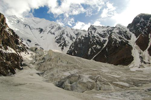 Shimshal Whitehorn from our bivi sight at arround 4600m