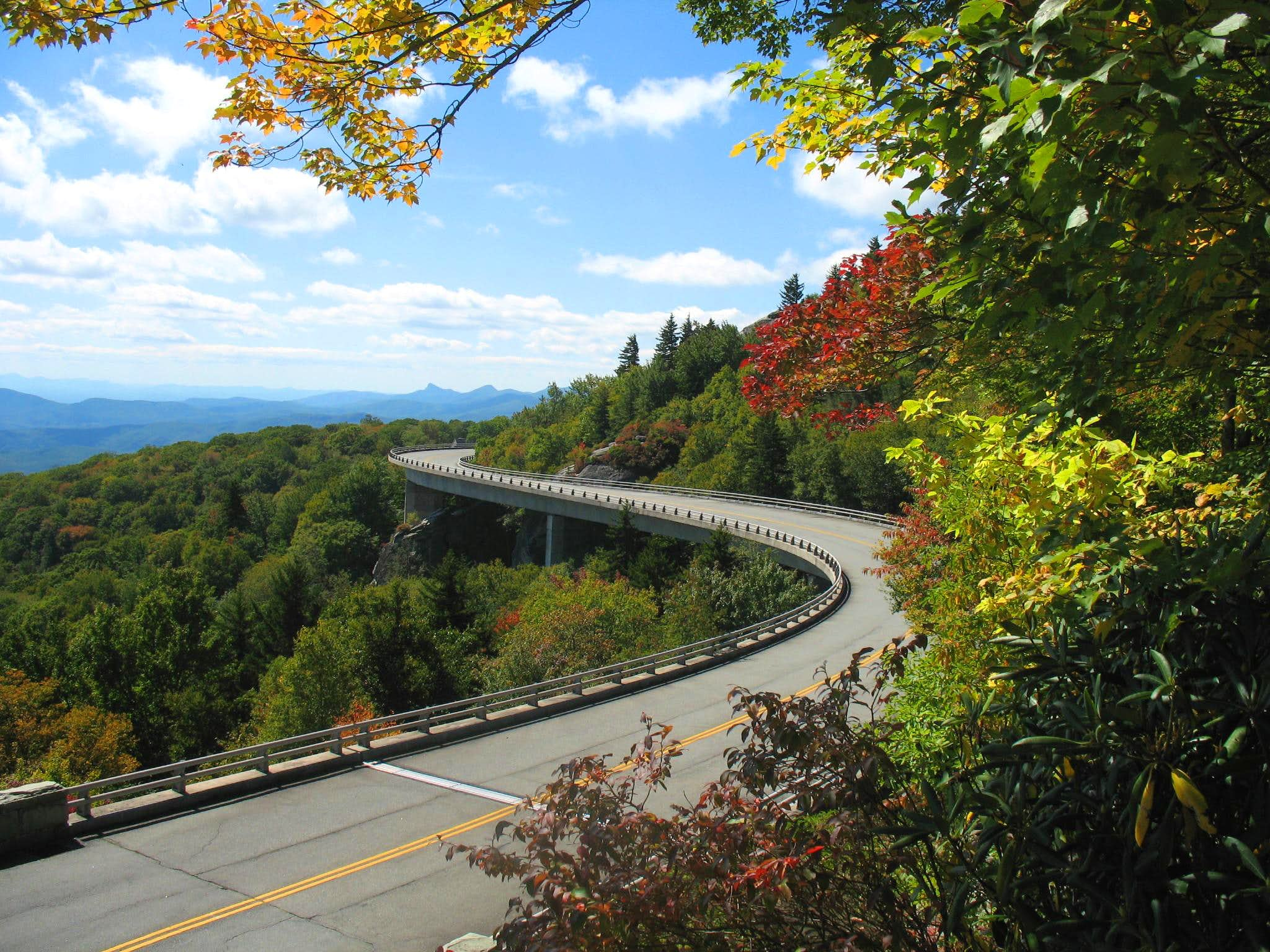Scrapbook of the Blue Ridge Parkway - Roanoke to the Smokies