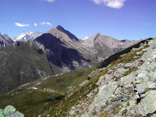 The ridge including  Grande Rochère <br> and  Aiguille de Bonalè from Punta Fetita