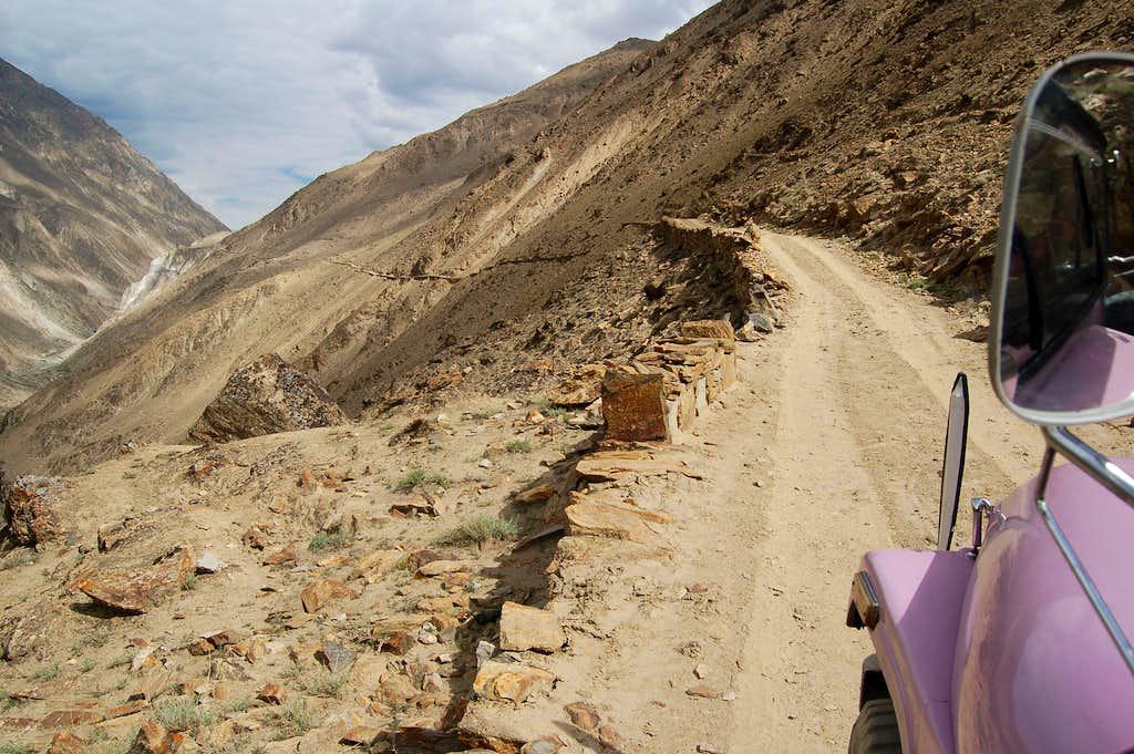 Jeep from Nagar to Hispar