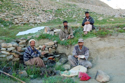 Porters making chapati