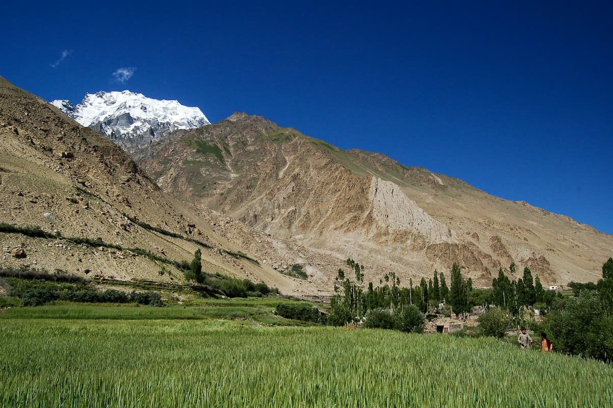 Hispar village with Peak 6105 rising above