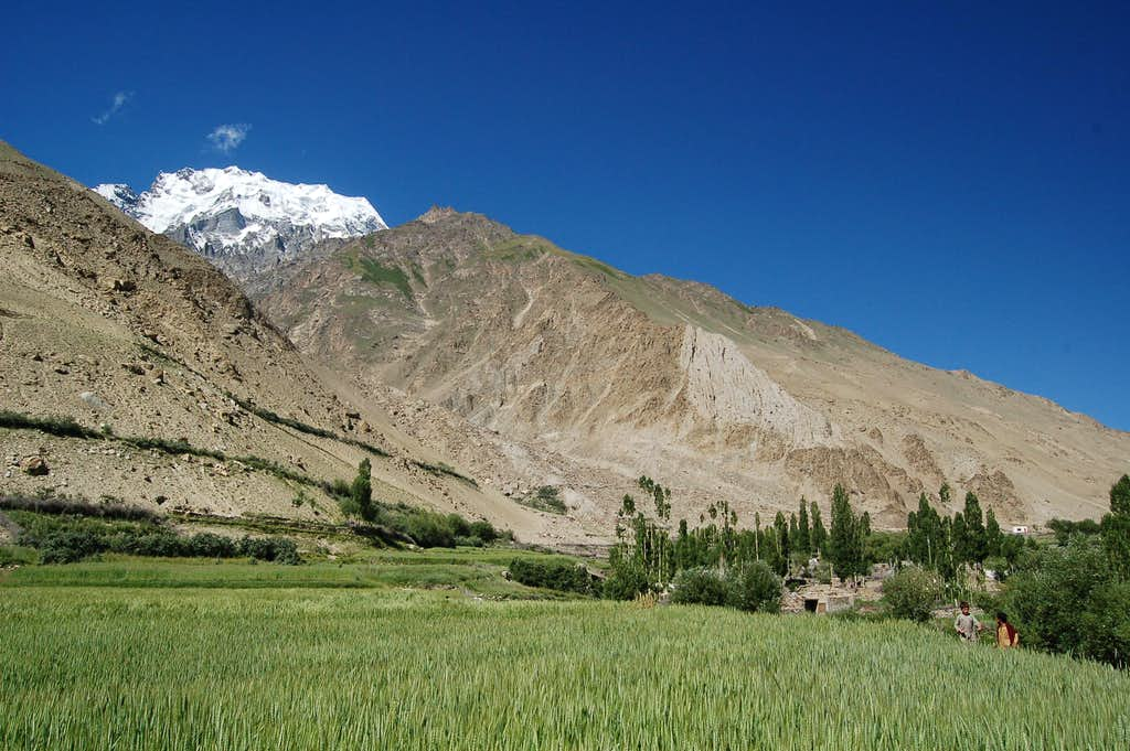 Hispar village with Peak 6105 rising above
