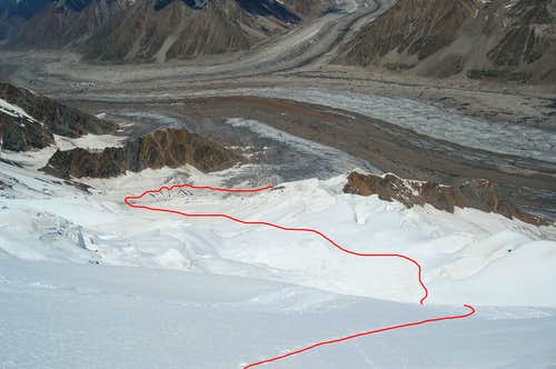 Route from the Hisar Glacier to High camp at 5150m