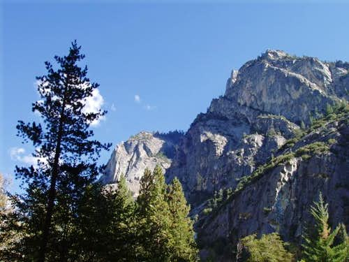 Grand Sentinel rises above Kings Canyon