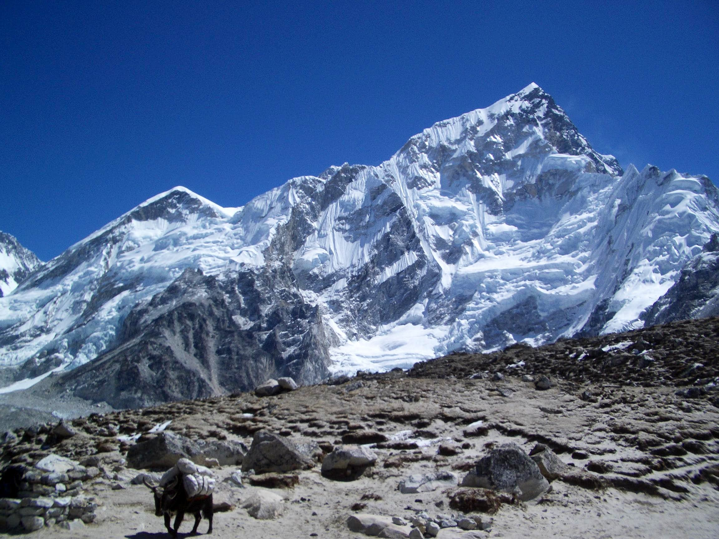 Nepal mountains around Khumbu
