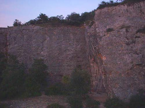Remigny cliff 03