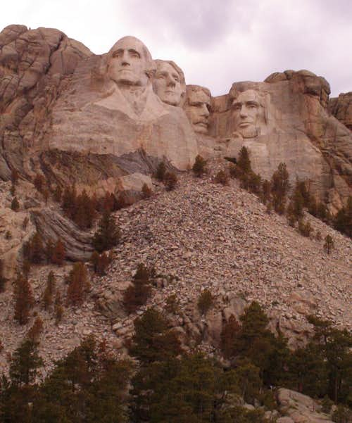 Mount Rushmore, Front