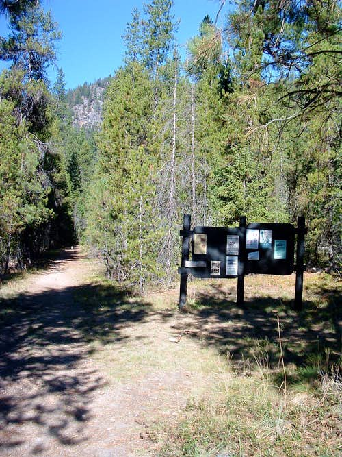 Boulder Creek Trailhead