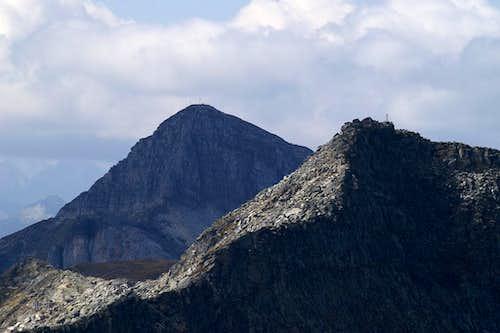 Wolfendorn (2776m) and Wildseespitze (2733m)