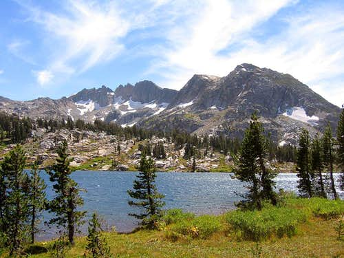 Dorothy Lake / Forsyth Peak