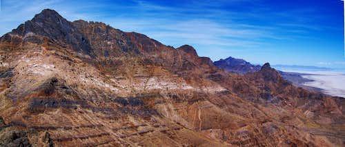 View North from Lamus Peaks' Saddle