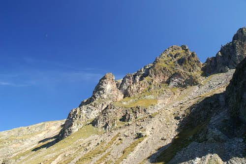 Towers in the north ridge of Sulzspitze