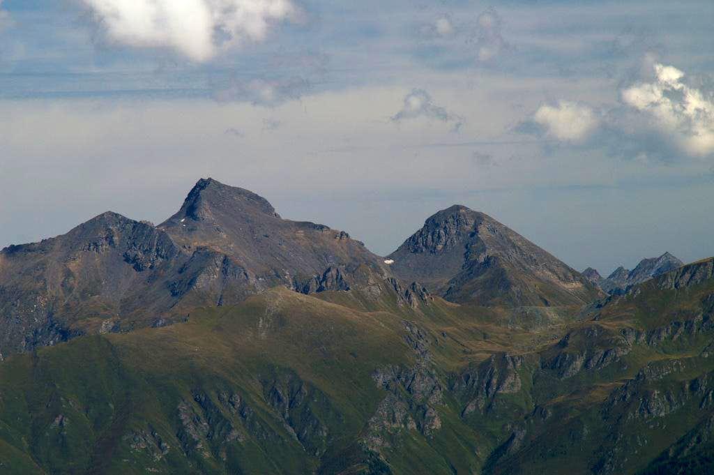 Summit view Sulzspitze: Wilde Kreuzspitze and Wurmaulspitze