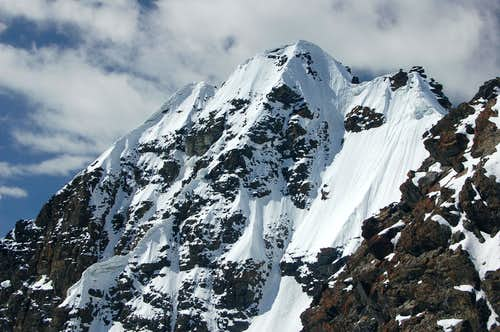 East Face of 6000m peak immediately south of Ghorhil Sar