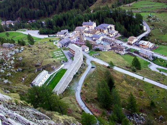 Valgrisenche village