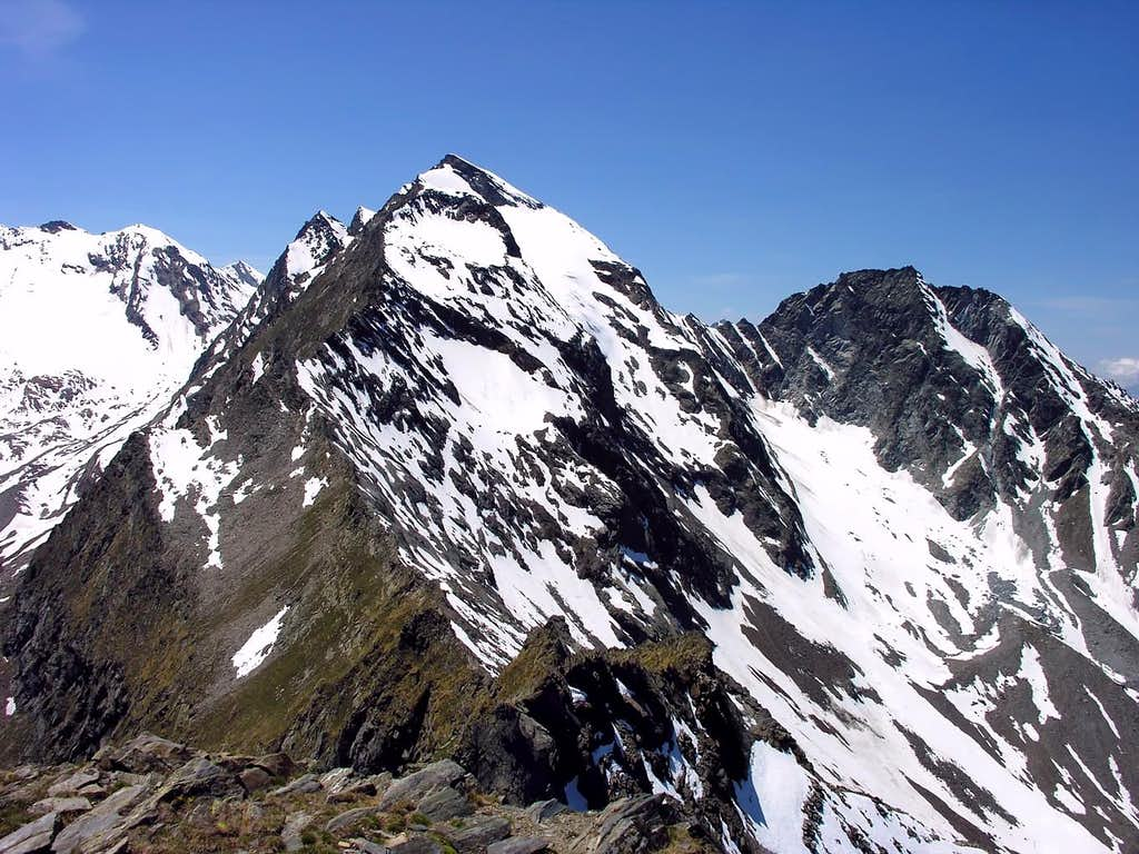 Monte Paramont (3301 m)