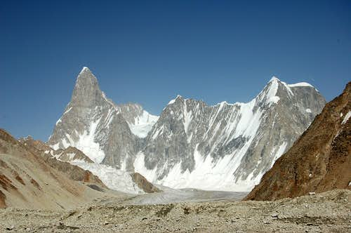 Tahu Ratum West (6651m)