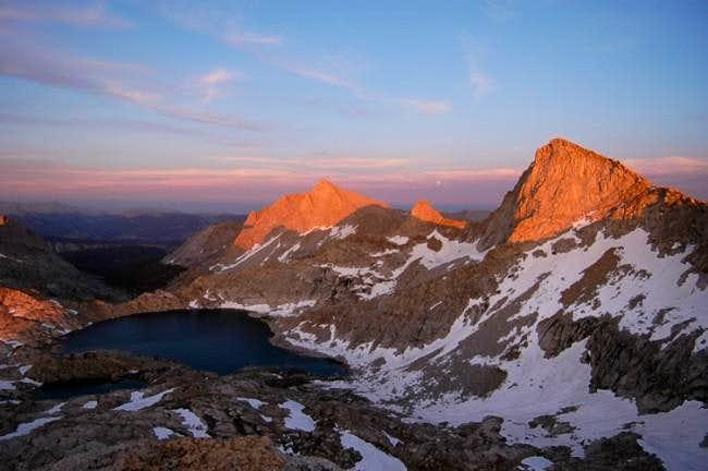 Sun setting on Sawtooth Peak,...