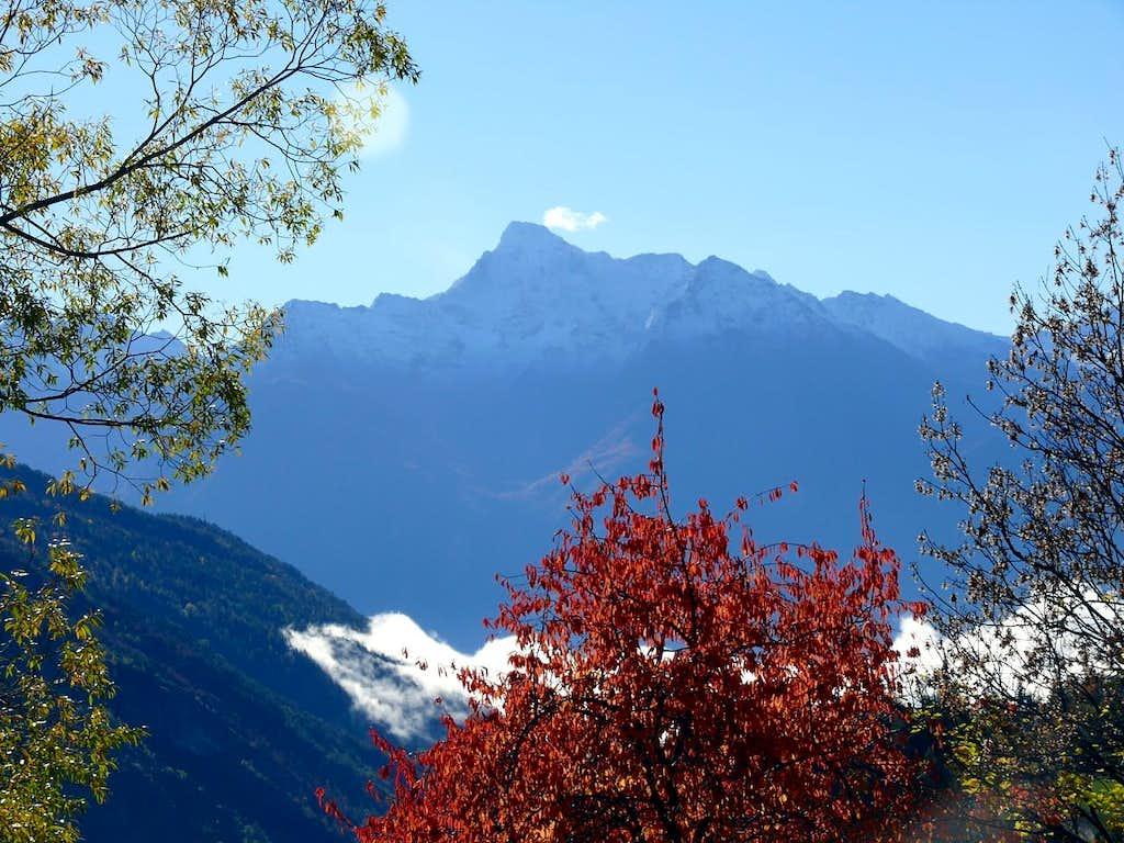 Il Monte Emilius (3559 m)