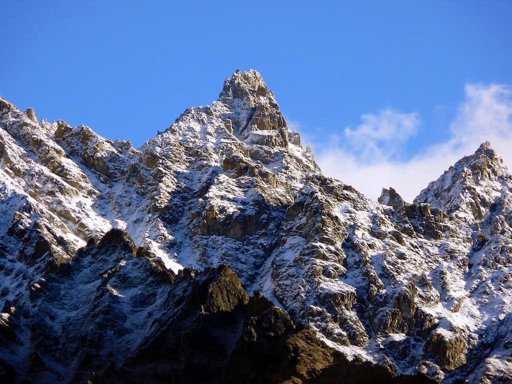 La Punta Cesare Fiorio (3332 m), versante sud