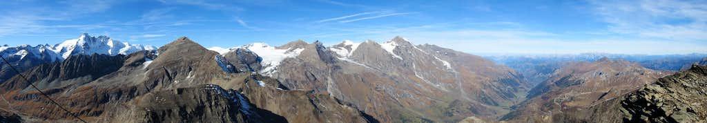 Spielmann summit pano from SW to NE