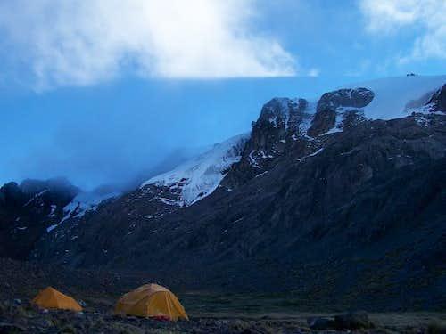 Campo Base Rajuntay - Cord. Central - Perú