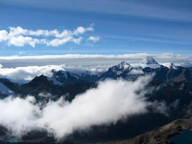 Cumbre Ishinka (vista sur)